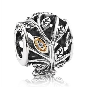 Pandora openwork two tone leaves charm
